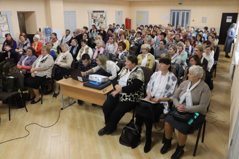 """Spotkanie ruchu """"Matki w modlitwie"""" w Centrum Socjalnym"""