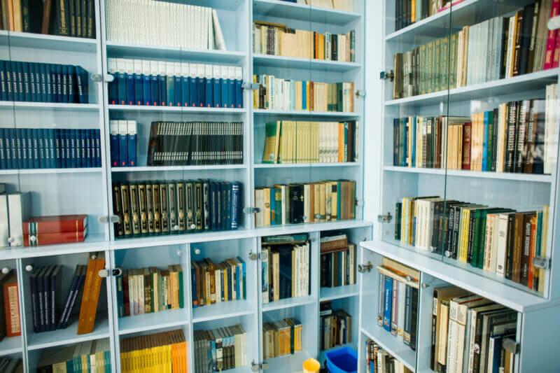 Собираем книги на белорусском и иностранных языках
