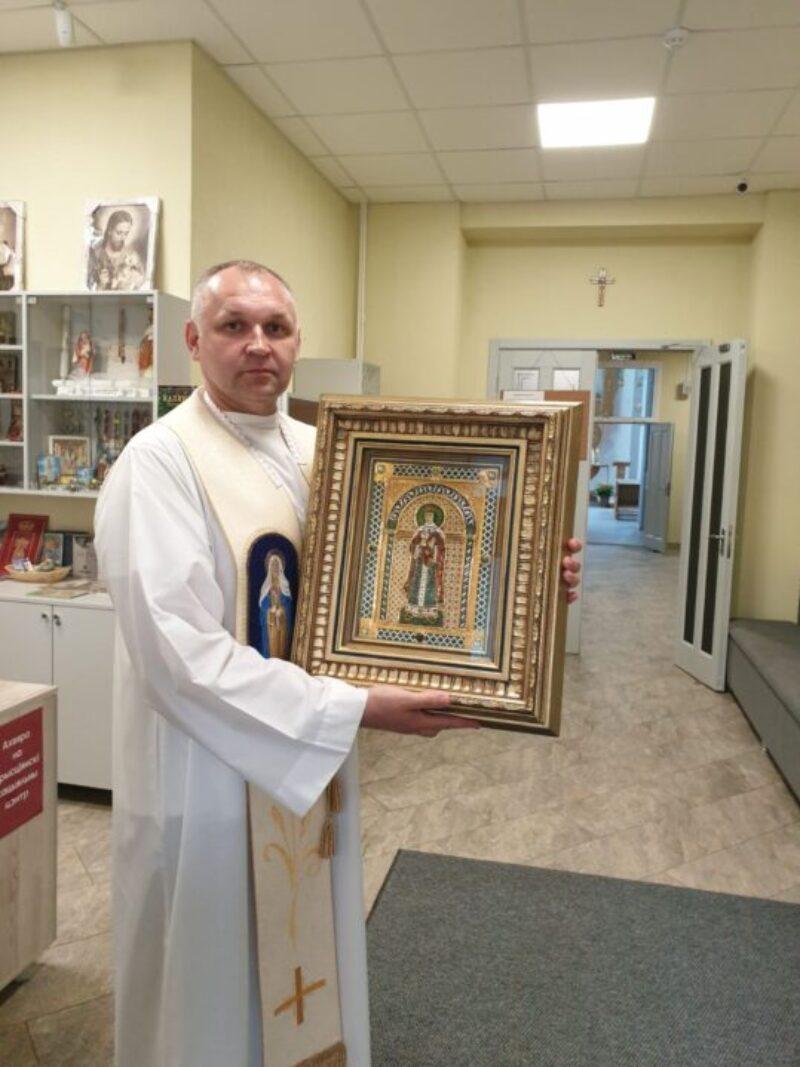 В Миссию привезли образ св.Варвары, заступницы во время эпидемий и тяжелых заболеваний