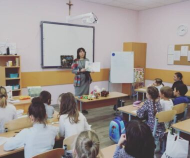 Школьнікі сустрэліся з пісьменніцай Наталляй Бучынскай