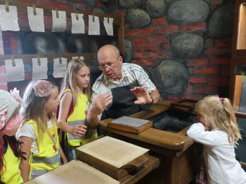 """Children visited the National History Museum and participated in master class at """"Printing yard of XVI century"""""""